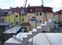 Betonové schodiště venkovní